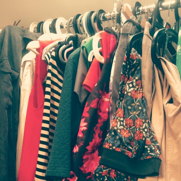 Second-hand clothing ; fashion; clothes; fabric; recycle